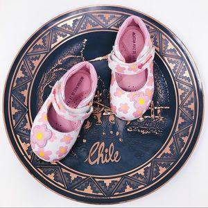 AGATHA RUIZ DE LA PRADA BABY GIRL SHOES. SIZE 4.5